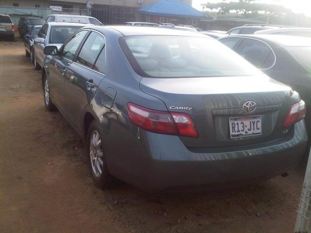 tokunbo 2008 toyota camry with leather seat at a give away. Black Bedroom Furniture Sets. Home Design Ideas